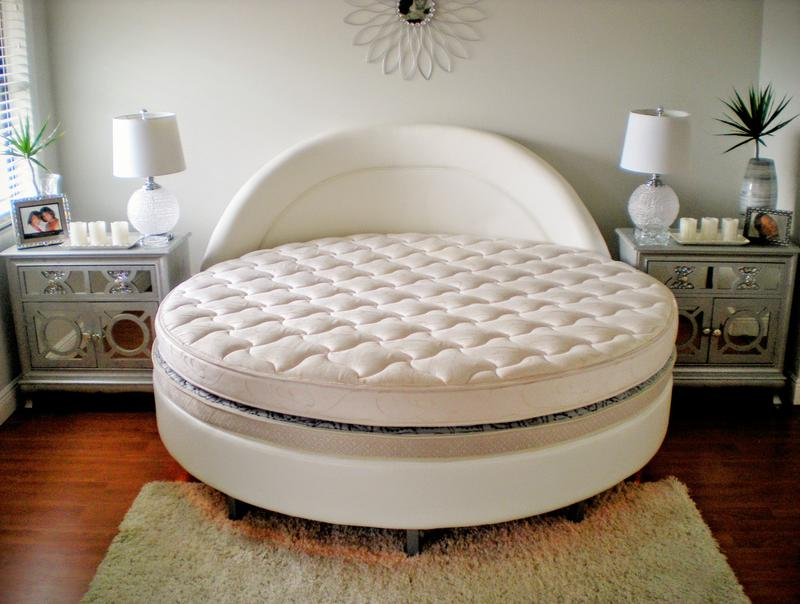 round elegant feet beds com bed lovestreeteats size leather sale wedding king circle furniture on