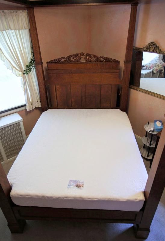 Antique Bed Mattress Boxspring