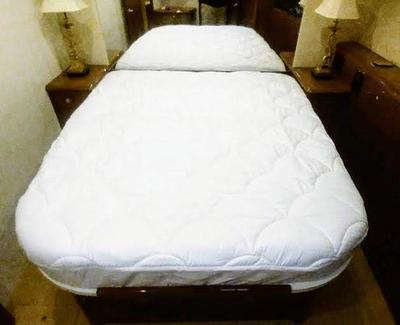 Custom quilted mattress protector